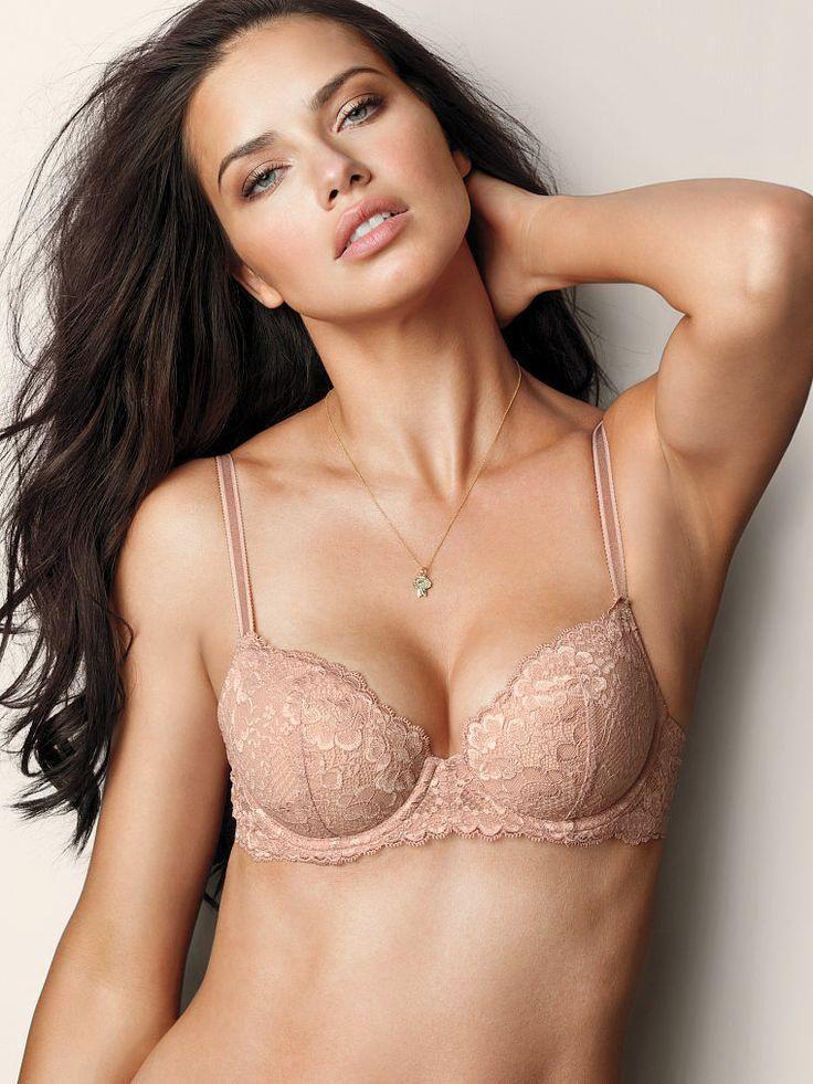 ad92a517773d5 Oh-là-là lace. // Victoria's Secret Dream Angels Demi Bra   So ...