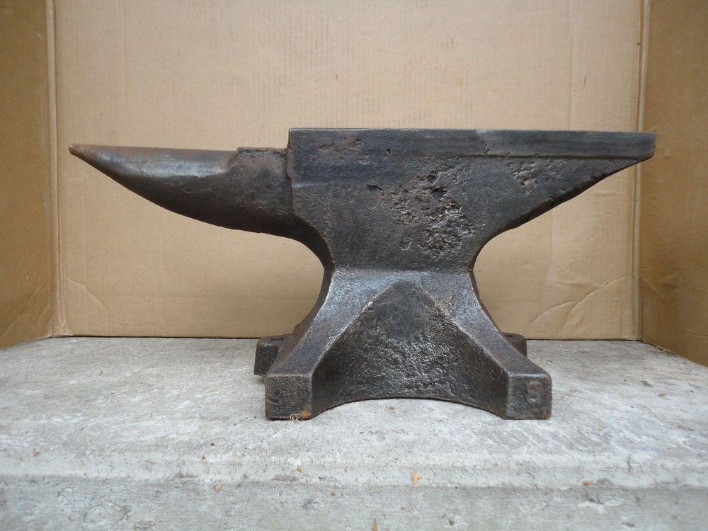 185 Lb Antique German Blacksmith Anvil W Decoration Free Ship To