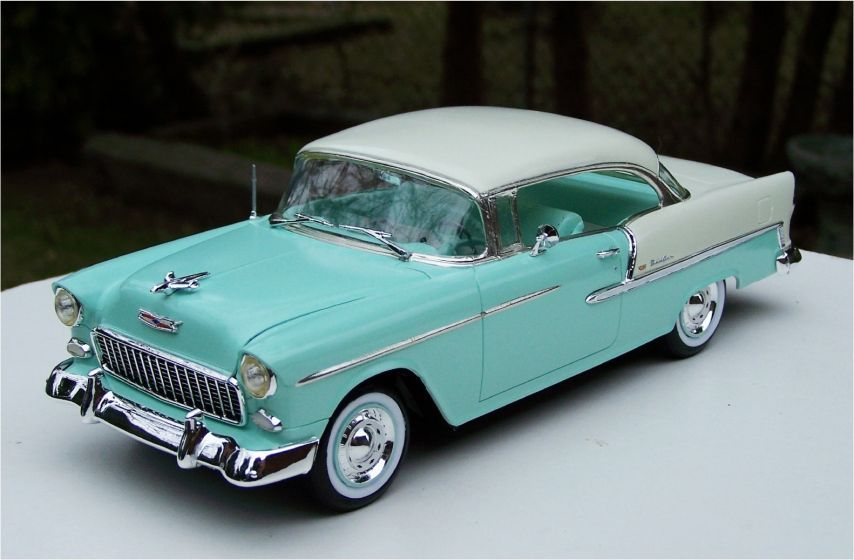 Revell 1955 Chevrolet Belair 265ci V8 Model Cars Kits Plastic