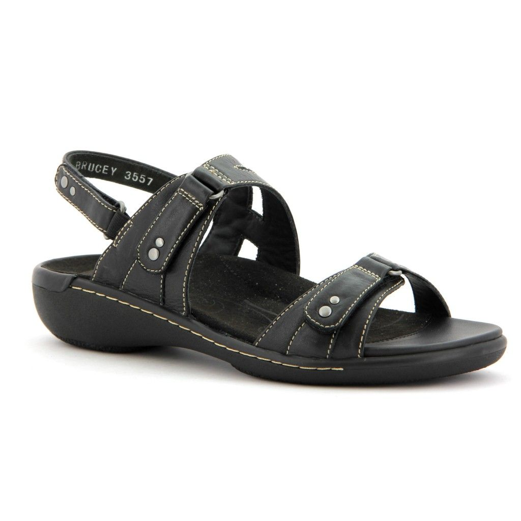 The Women S Ziera Banner Black Sandal Is A Must Have For Ultimate