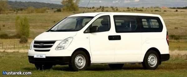 حلول مريحة لانتقالاتك سيارات صغيرة ومتوسطة ومتنوعة سيارات عائلية خدمة سيارة بسائق تاجير قصير وطويل الاجل Van Poster Vehicles