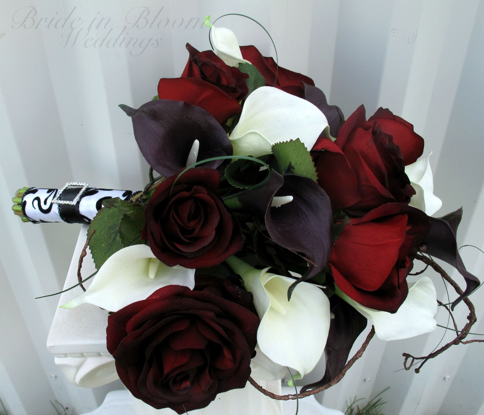Flower Bouquet For Black Red And White Wedding Theme