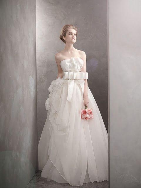 Vera Wang 2012 | Stunning Wedding Gowns | Pinterest