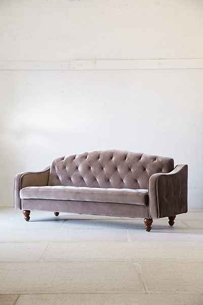 Ava Velvet Tufted Sleeper Sofa   Urban Outfitters