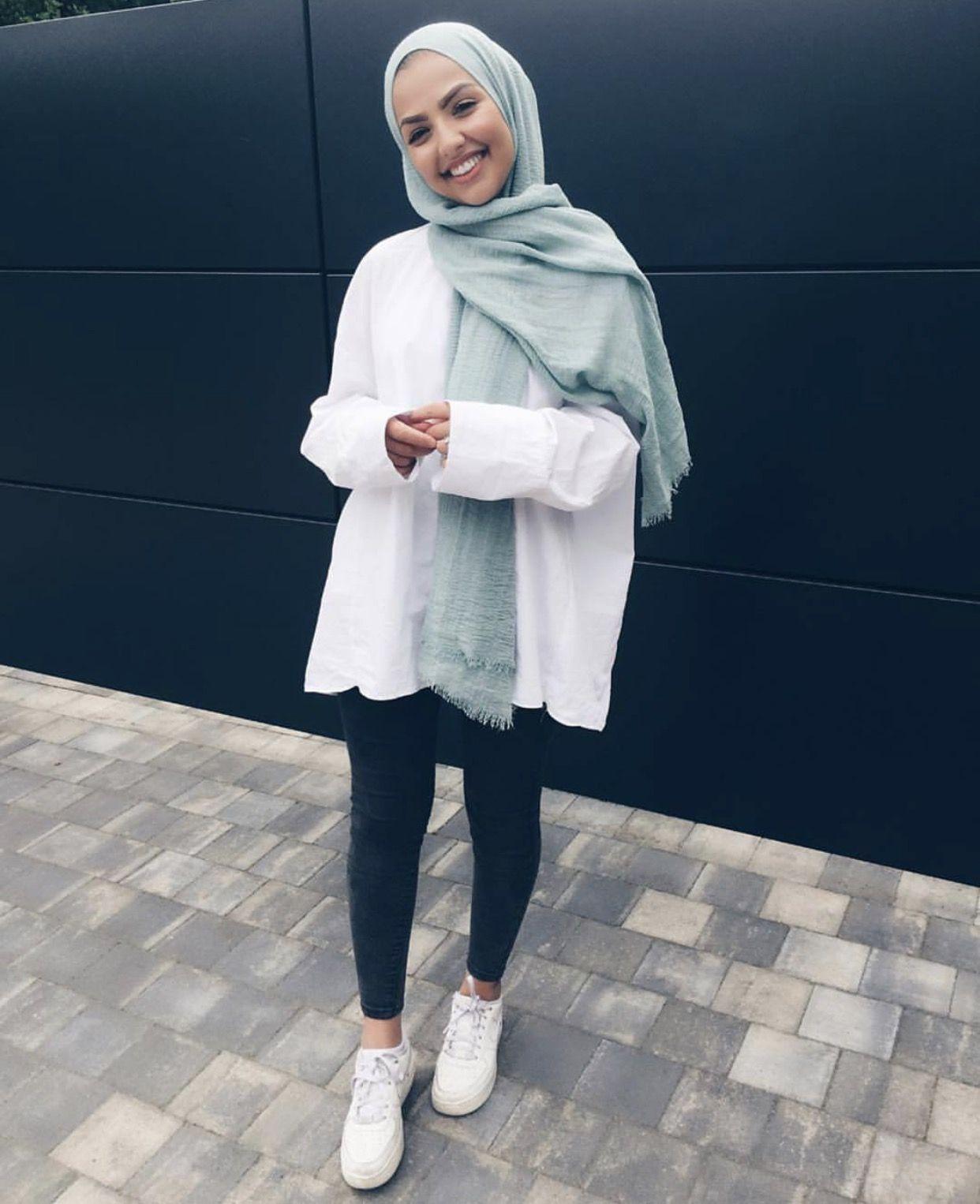 So cute   Hijab fashion, Fashion, Hijab casual