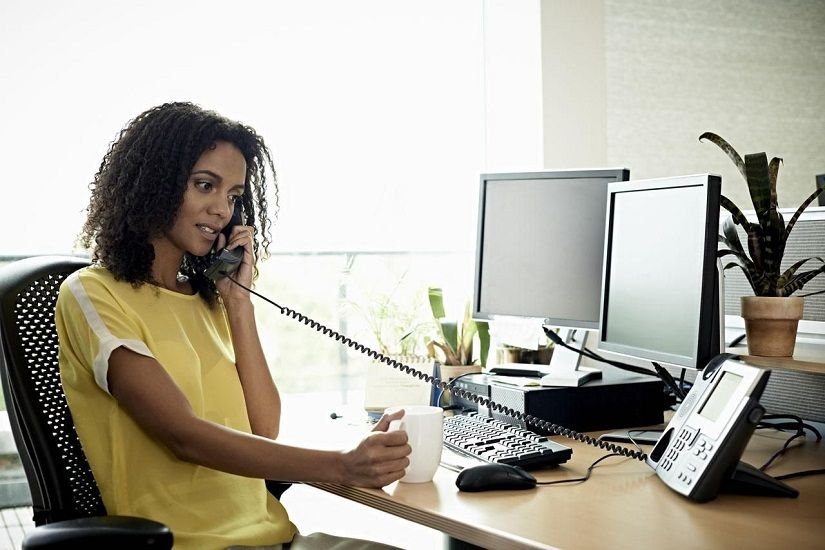 Tips on How to Answer the Phone Professionally (With
