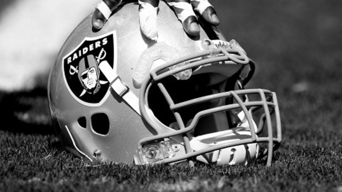 Raiders Wallpapers Free Download Raiders helmet, Oakland
