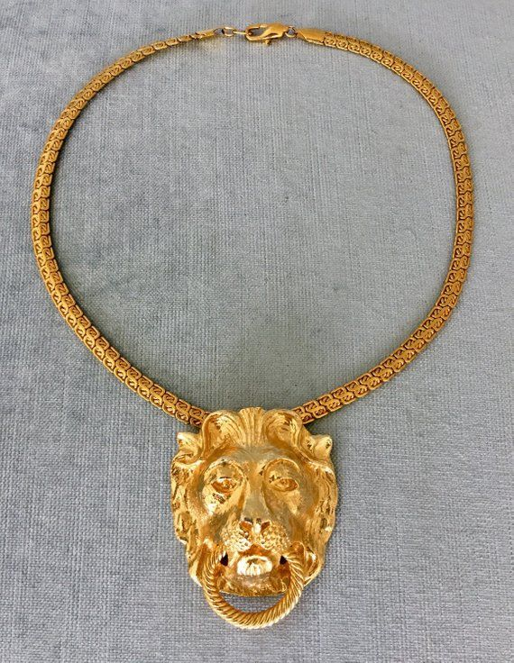 08bd24dec52cae Pristine MIMI Di N Signed LION's Head DOORKNOCKER Gold Metal Huge Pendant  Chunky Chain Necklace Vint