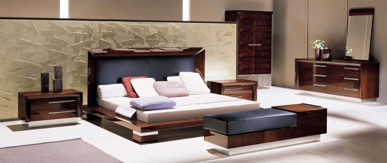 Bedroom Office, Modern Bedroom, Leather Headboard, Modern Interior Design,  High Gloss, Beautiful Bedrooms, Modern Furniture, Office Ideas, Real Estate