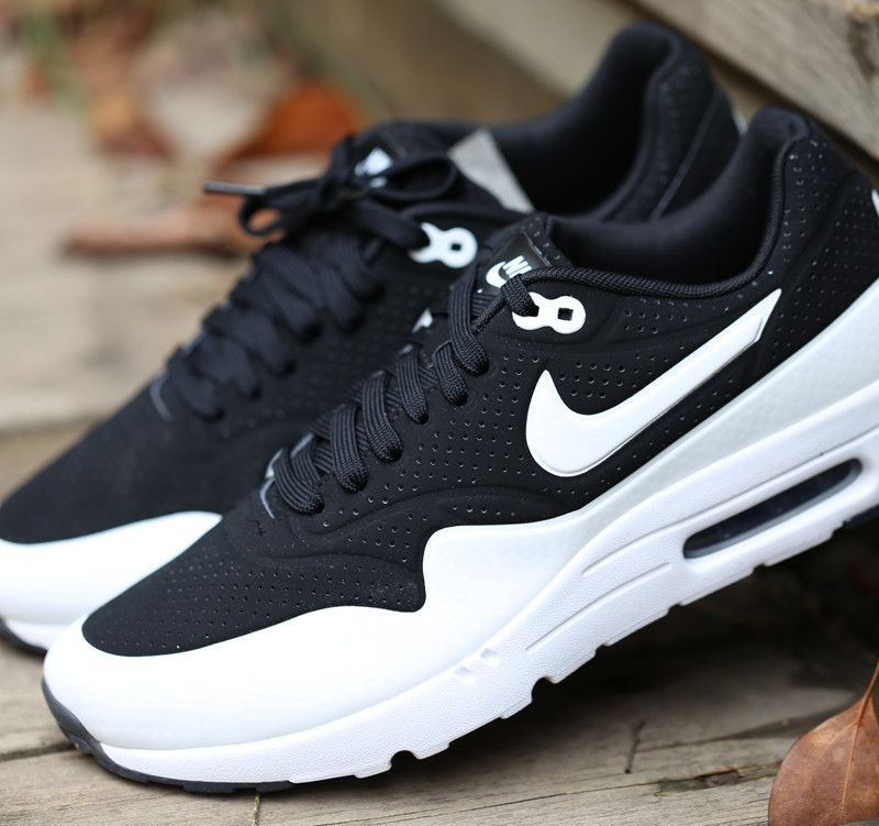 Nike Air Max 1 Ultra Moire Panda Tuxedo Black White  91e3b03a0a