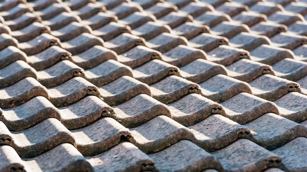 There Is A Lot To Take Into Consideration When Looking At The Diffe Types Of Tile Roofs