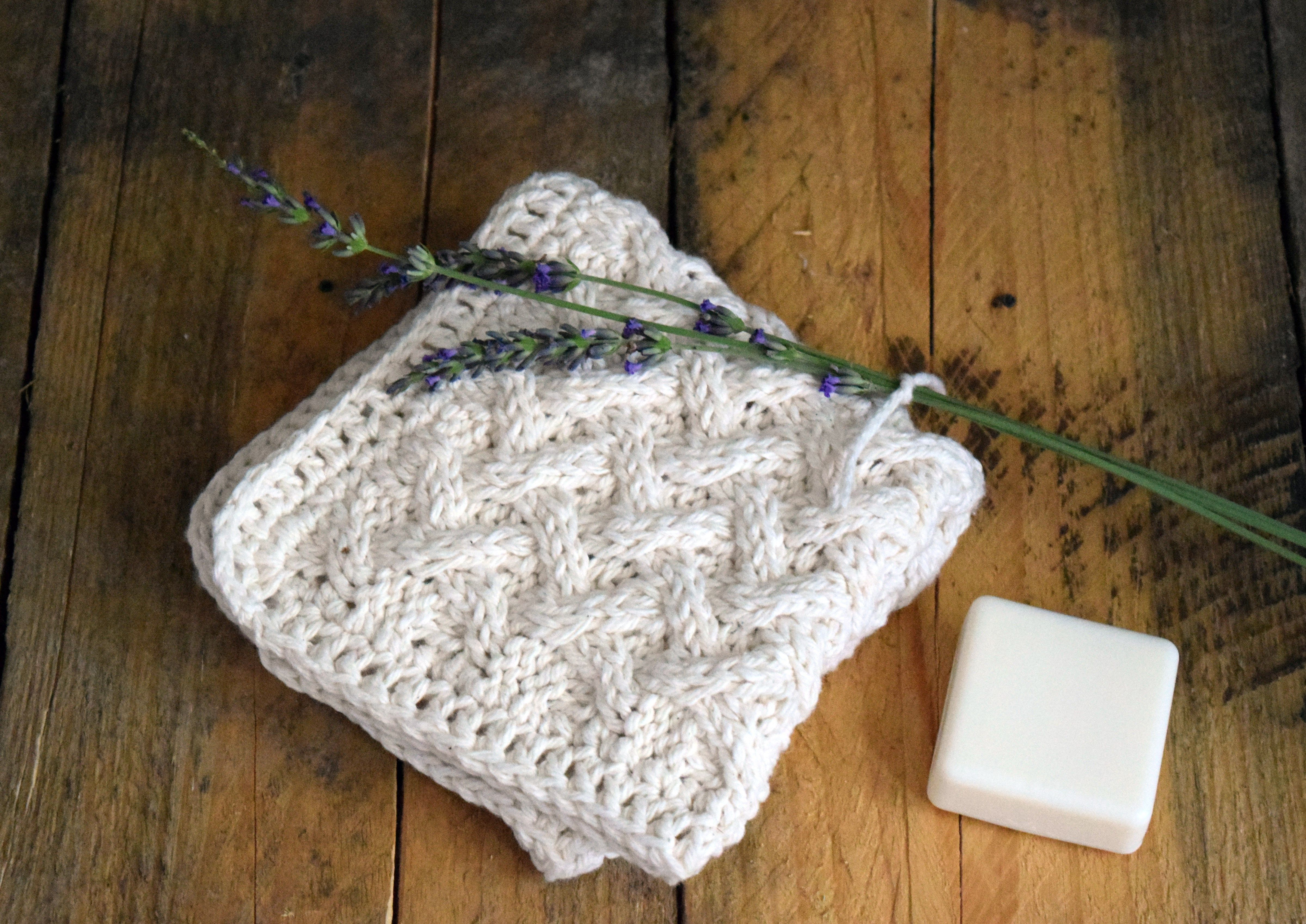 Knit Cotton Washcloth with Crochet Edge