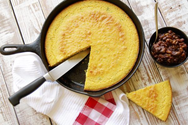 Buttermilk Cornbread In Cast Iron Skillet Recipe Food Recipes Cornbread Buttermilk Cornbread