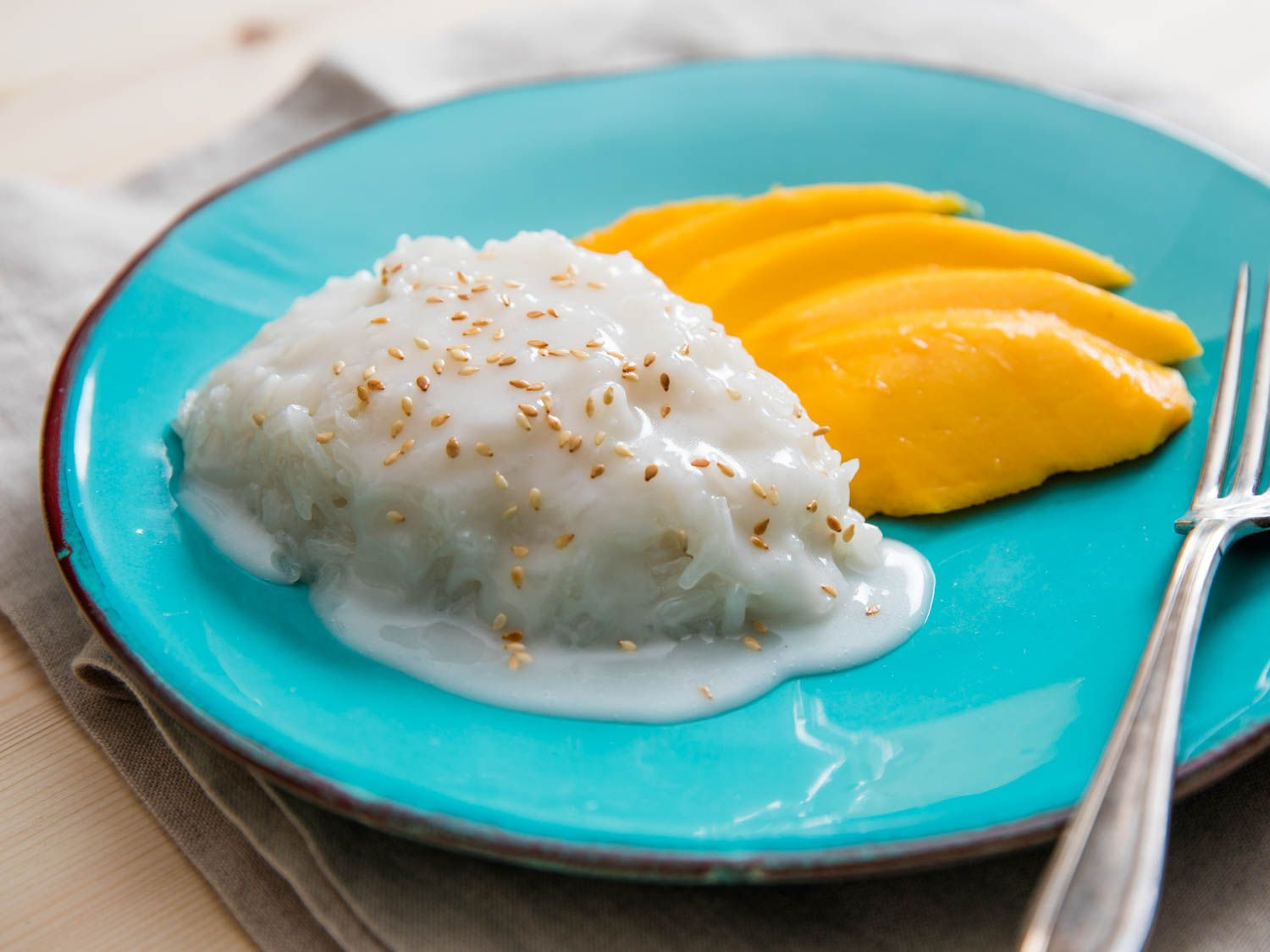 Drop Everything and Make Thai Coconut Sticky Rice With Ataúlfo Mango ...