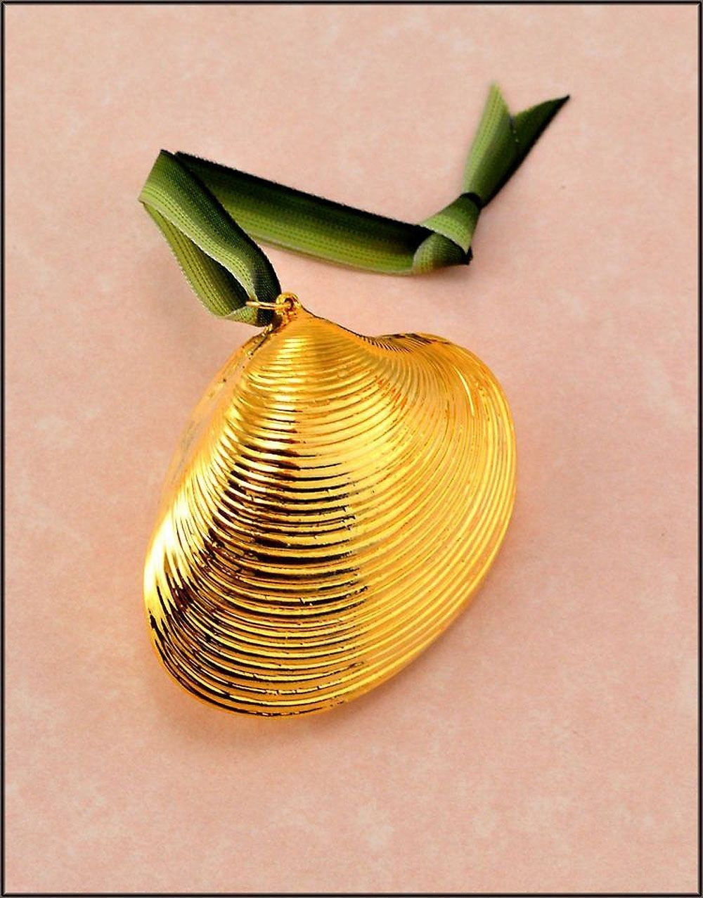 Gold Calista Clam Shell Ornament Shell Ornaments Shells Clam Shell