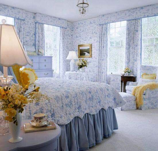 Bedroom Decorating Ideas Totally Toile: No Wallpaper But The Rest / YES