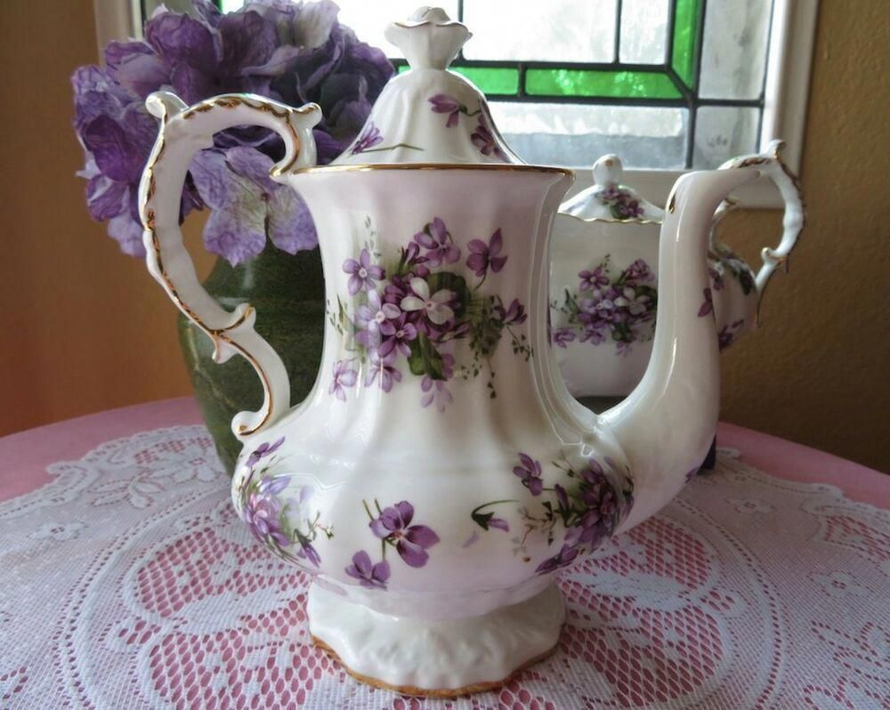 HAMMERSLEY VICTORIAN VIOLETS COFFEE POT BONE CHINA