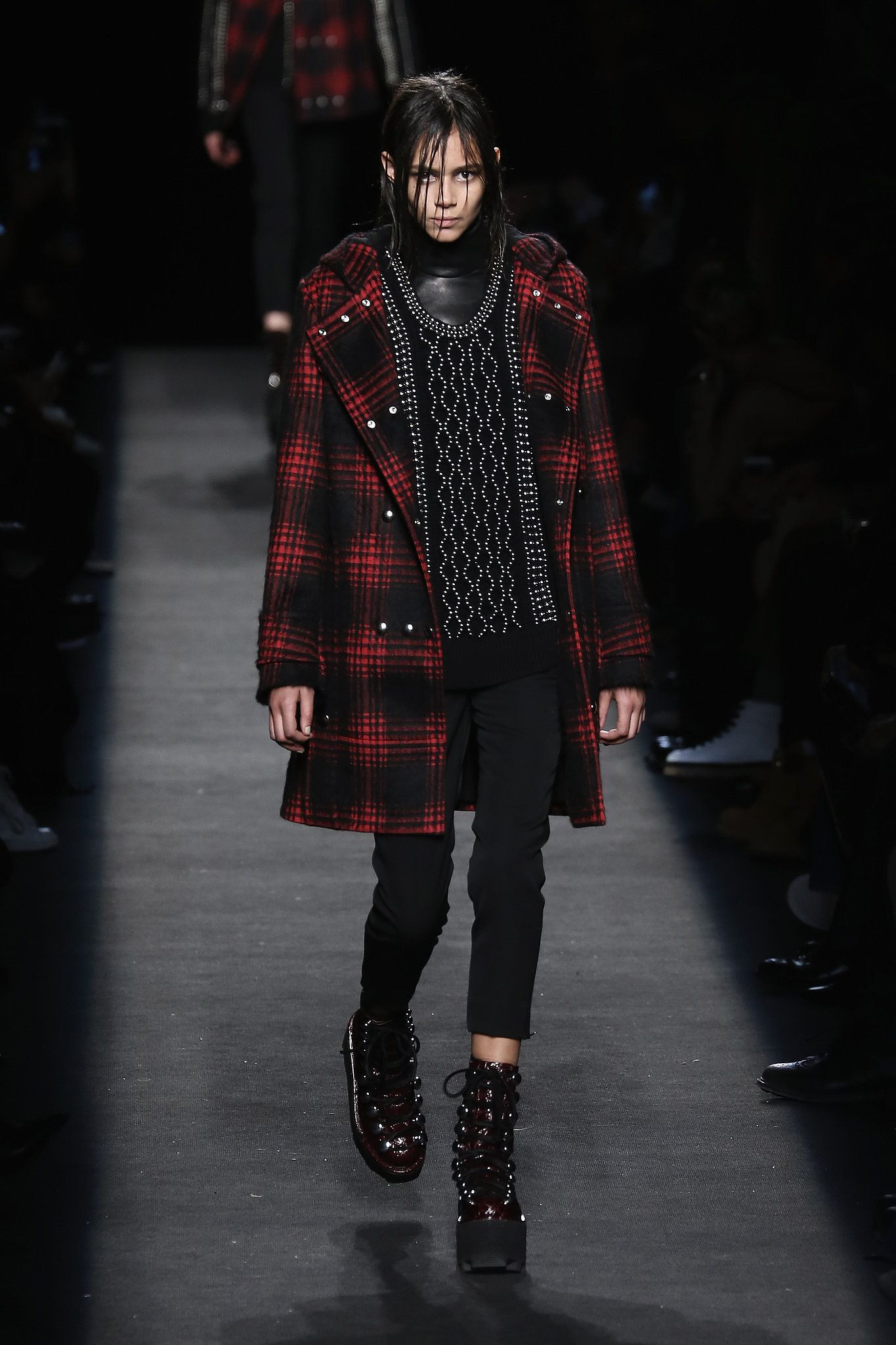 Alexander Wang 2015 Fall Collection, New York Fashion - the designer gives us a lesson on how to look badass in black.