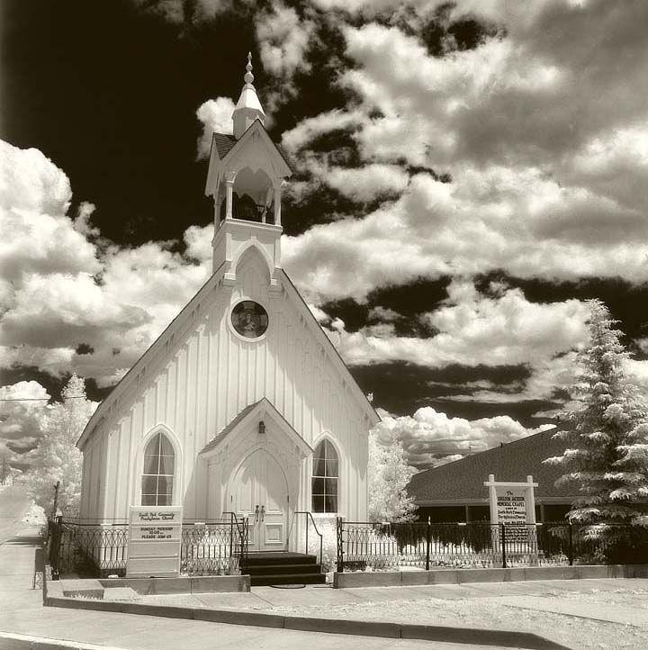 holt funeral home colorado