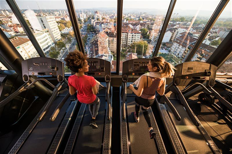 Hotel gyms and apps to keep you fit while travelling in