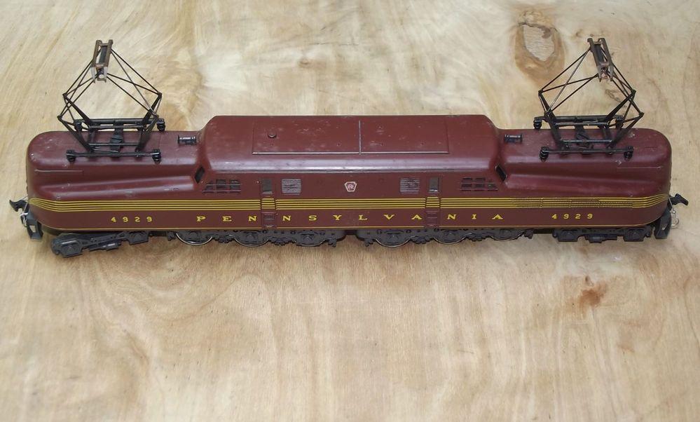 HO SCALE Rivarossi Vintage GG1 Electric Locomotive Train