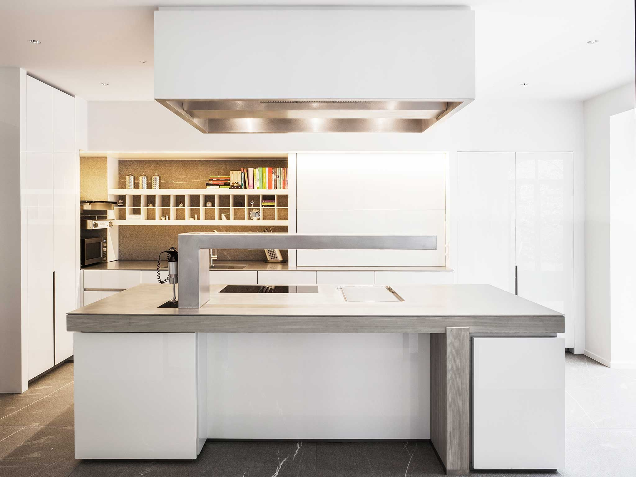 Obumex conceptkitchen sergio herman chef at home for Professional kitchen design