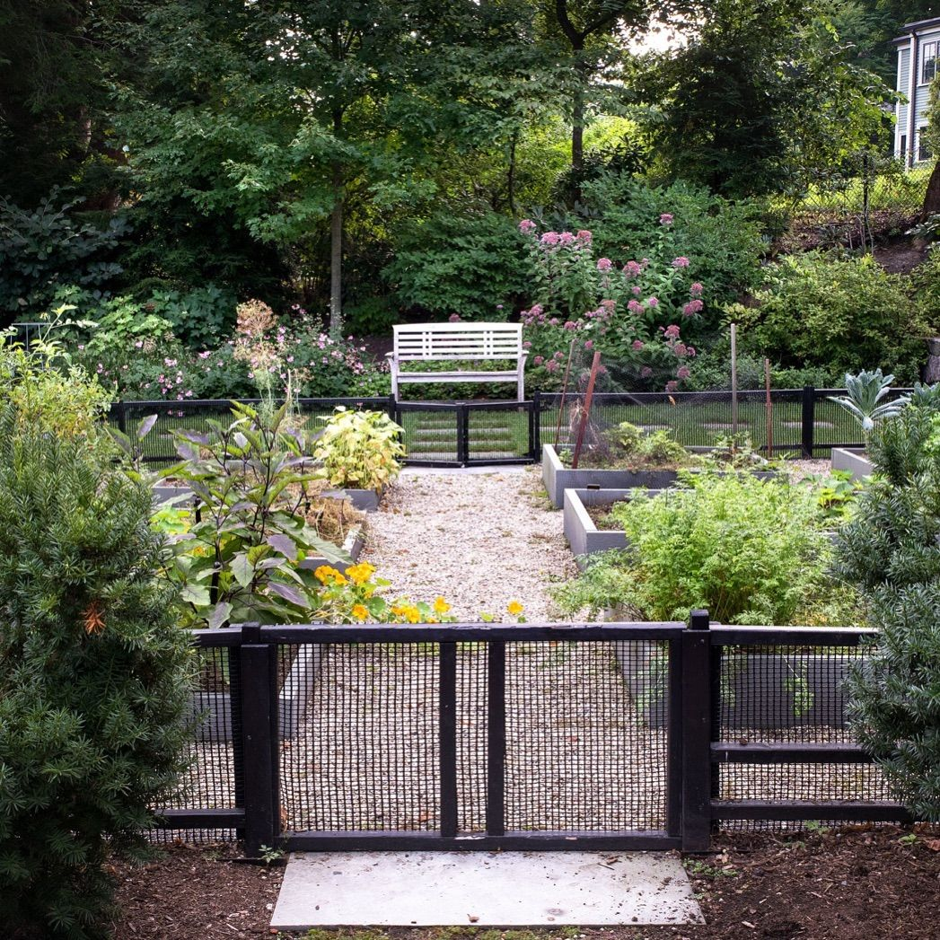 In Brookline, MA, A Glorious Terrace Garden For A Grand