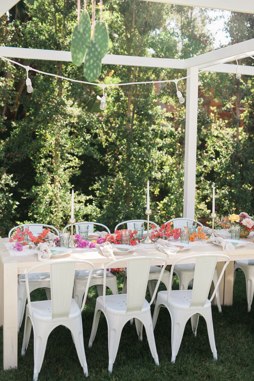 You Won't Believe This Was a DIY Wedding!   Diy backyard ...