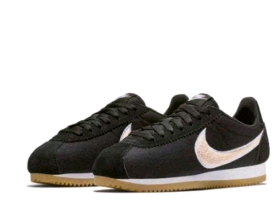 more photos 933e8 e2109 Nike Women's Classic Cortez PREM Athletic Snickers Shoes ...