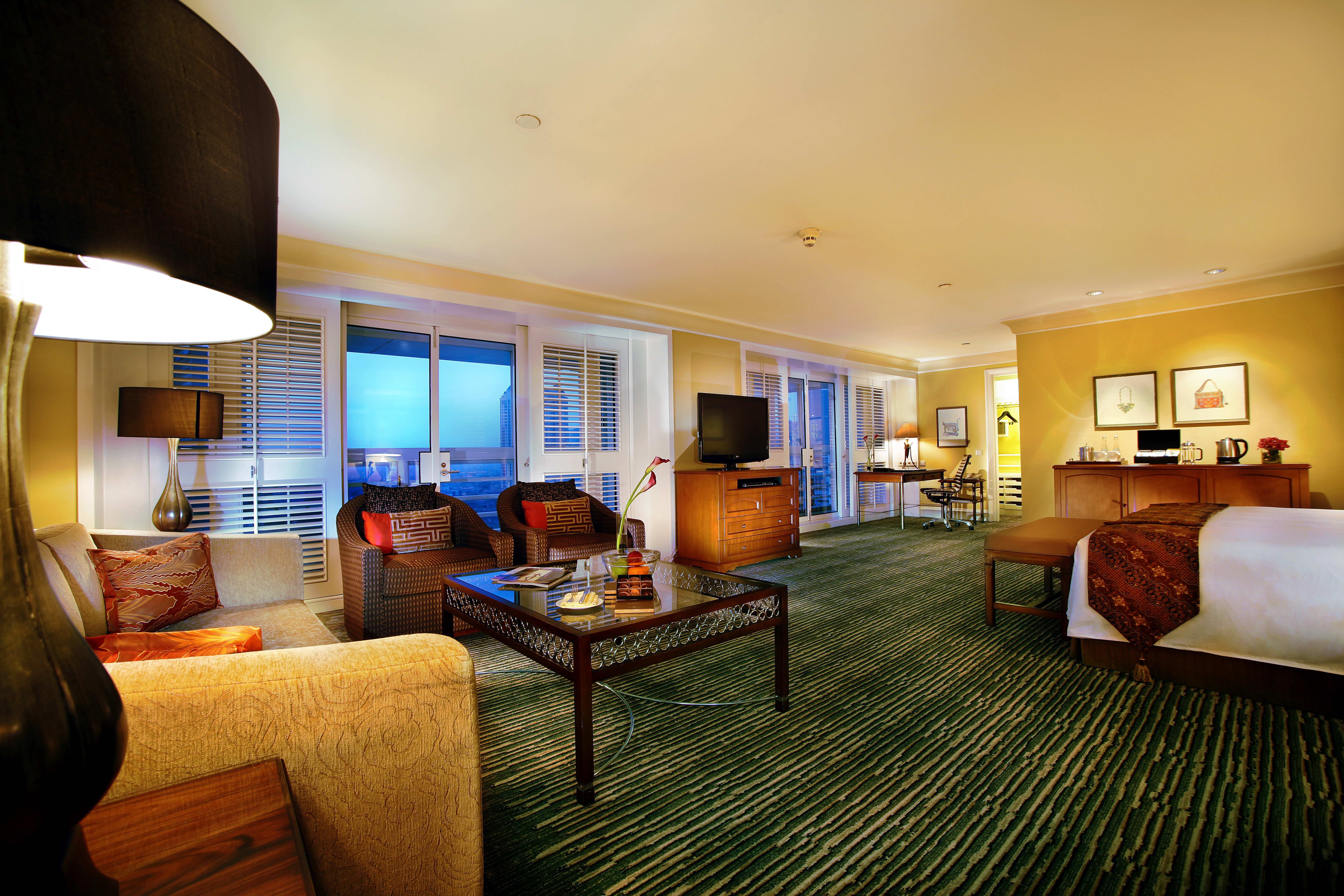 Weekend Special Four Seasons Hotel Jakarta invites you