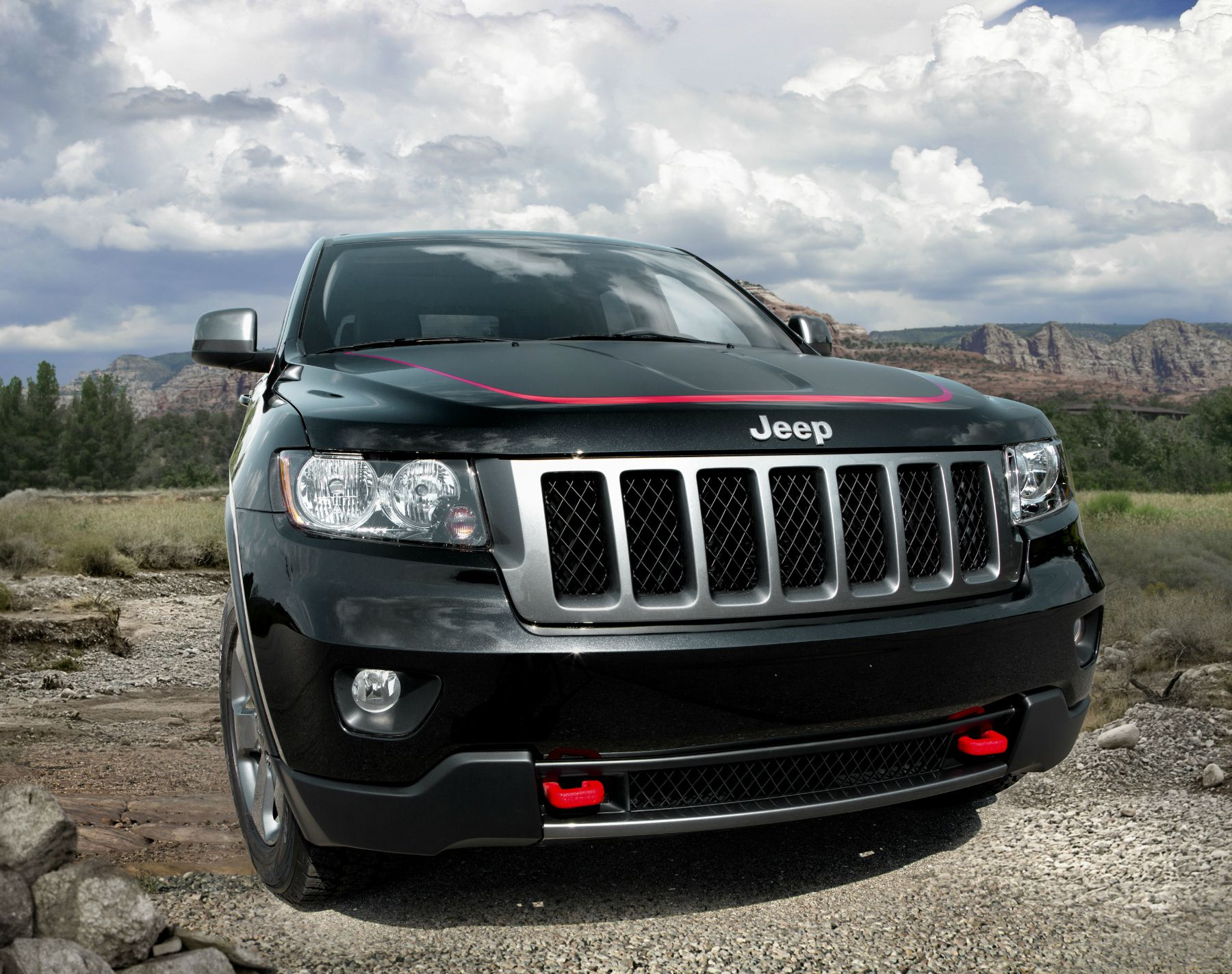 Introducing The 2013 Jeep Grand Cherokee Trailhawk 2013 Jeep