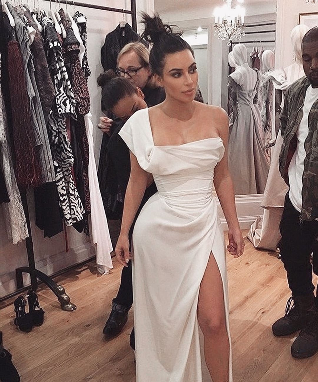 Pin By Selena Gomez On Say Yes Fashion Vivienne Westwood Dress Kardashian Style [ 1297 x 1080 Pixel ]