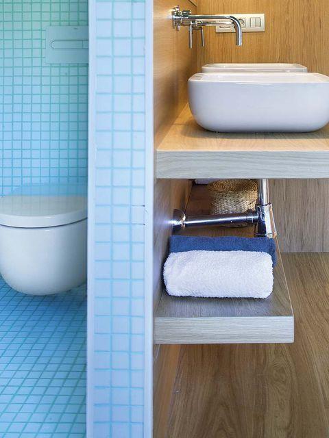 Un baño con zonas separadas | Planos de baños, Cuartos de ...