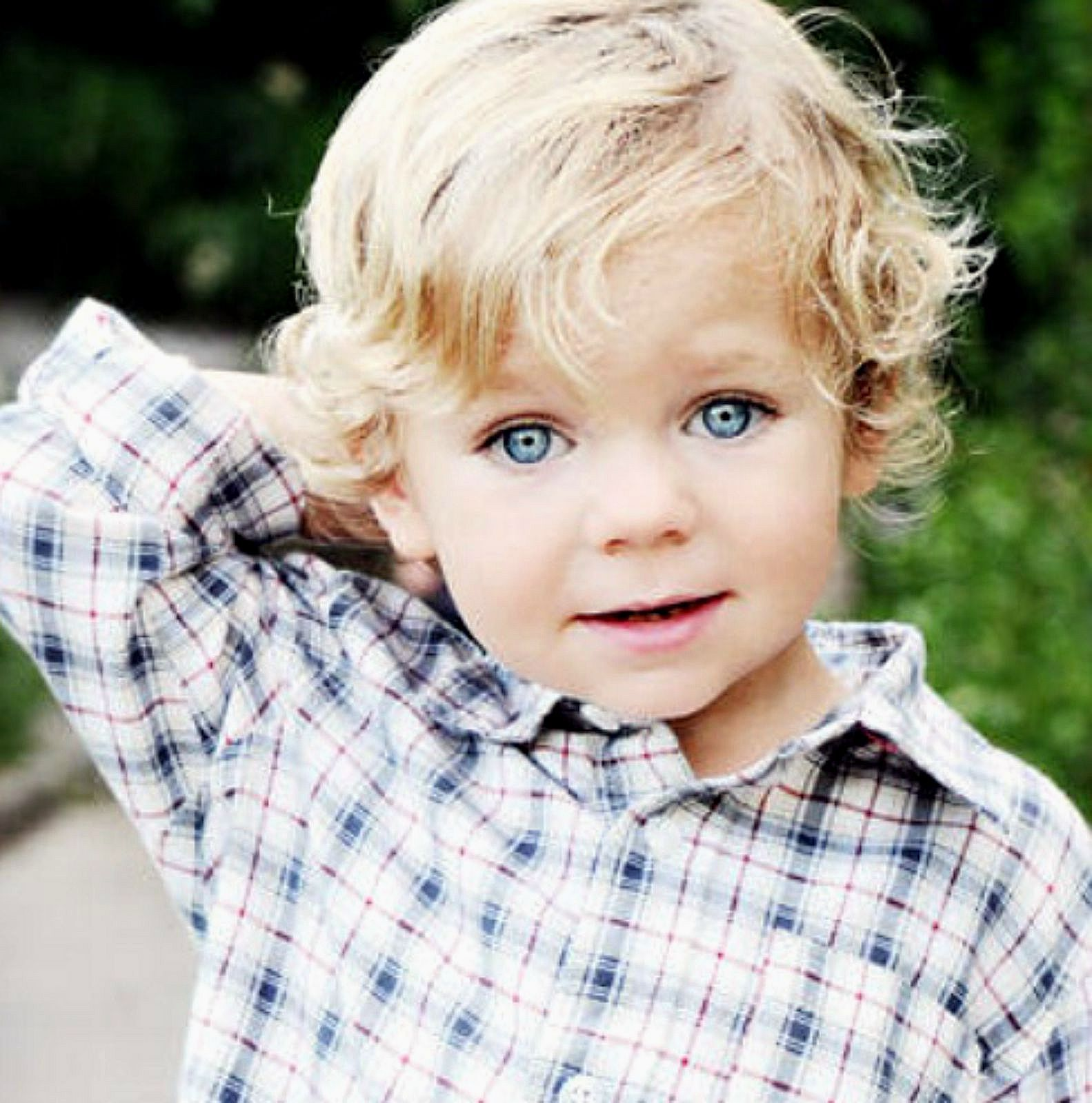Blonde Haired Boy Jesus Loves The Little Children All