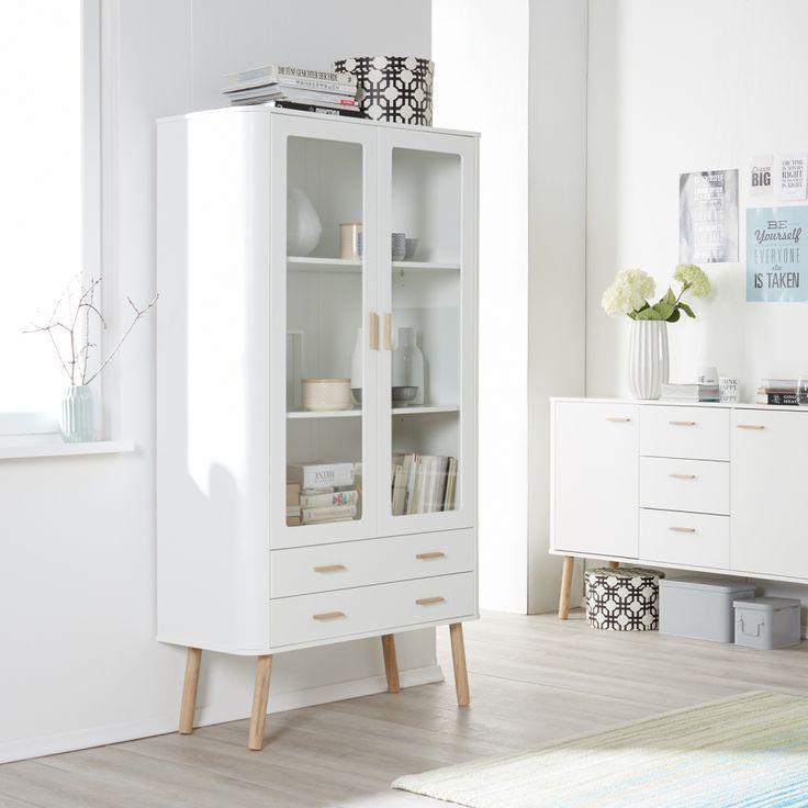 Vitrinenschrank Pilara | Vitrinenschrank, Eiche und Wohnzimmer ...