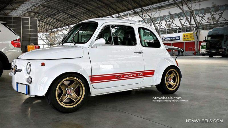 fiat abarth 695 ss assetto corsa fiat 500 1957 pinterest voitures voiture vintage et moto. Black Bedroom Furniture Sets. Home Design Ideas