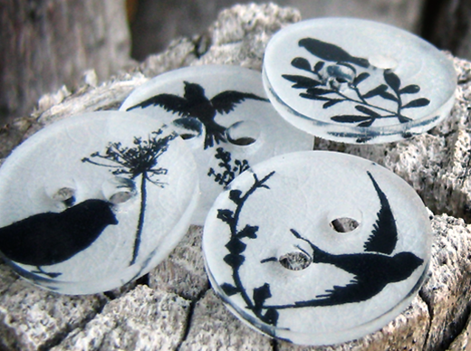 How to make clothing buttons from shrink plastic