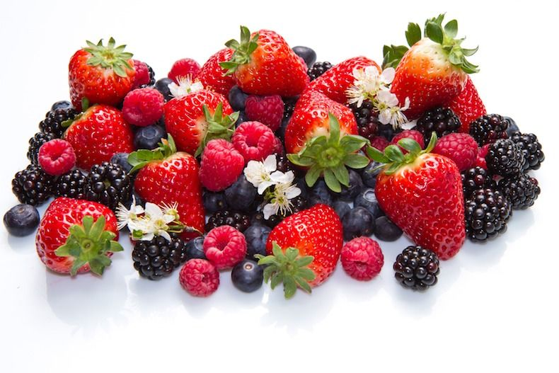 12 Foods to Eat for Gorgeous Skin   All my favorites!!!