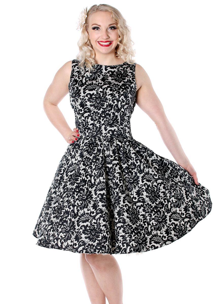 Glamorous Black Lace Tea by Lady Vintage  #vintage #circledress #teadress #blackandwhite   http://www.misswindyshop.com/shop/item?id=6810
