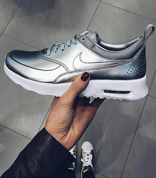 Haute Couture, Course Nike, Series Nike Free, Chaussures Argentées,  Chaussures Nike Gratuites, Chaussures Nike, Nike Homme, Nike Air Max, Air  Max 90