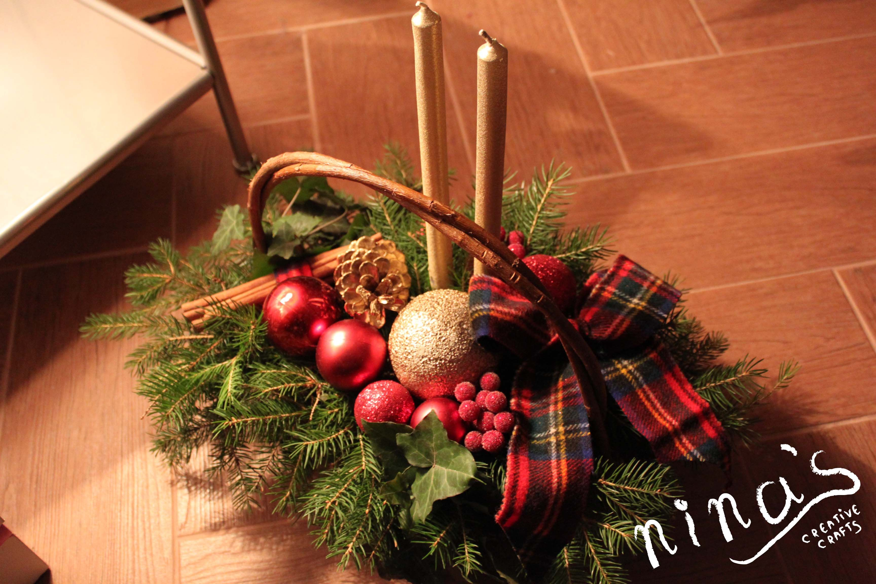 Diy Christmas Table Decoration Red Gold And Tartan Christmas Centerpieces Christmas Table Decorations Christmas Decorations