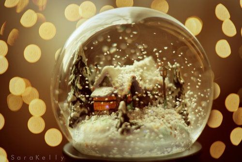 Image via We Heart It https://weheartit.com/entry/147651516 #christmas #globe #landscape #snow #snowglobe #winter