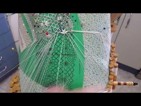 Paño redondo,cruce de estrella de 8 pétalos - YouTube
