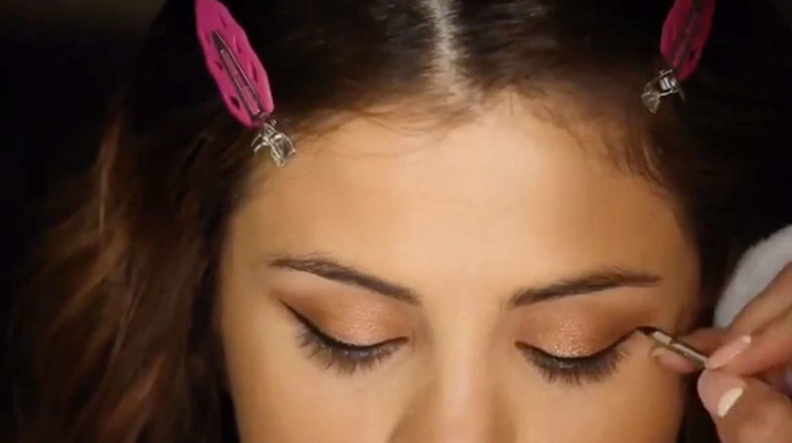 This Makeup Tutorial Will Show You How to Look Like Selena Gomez