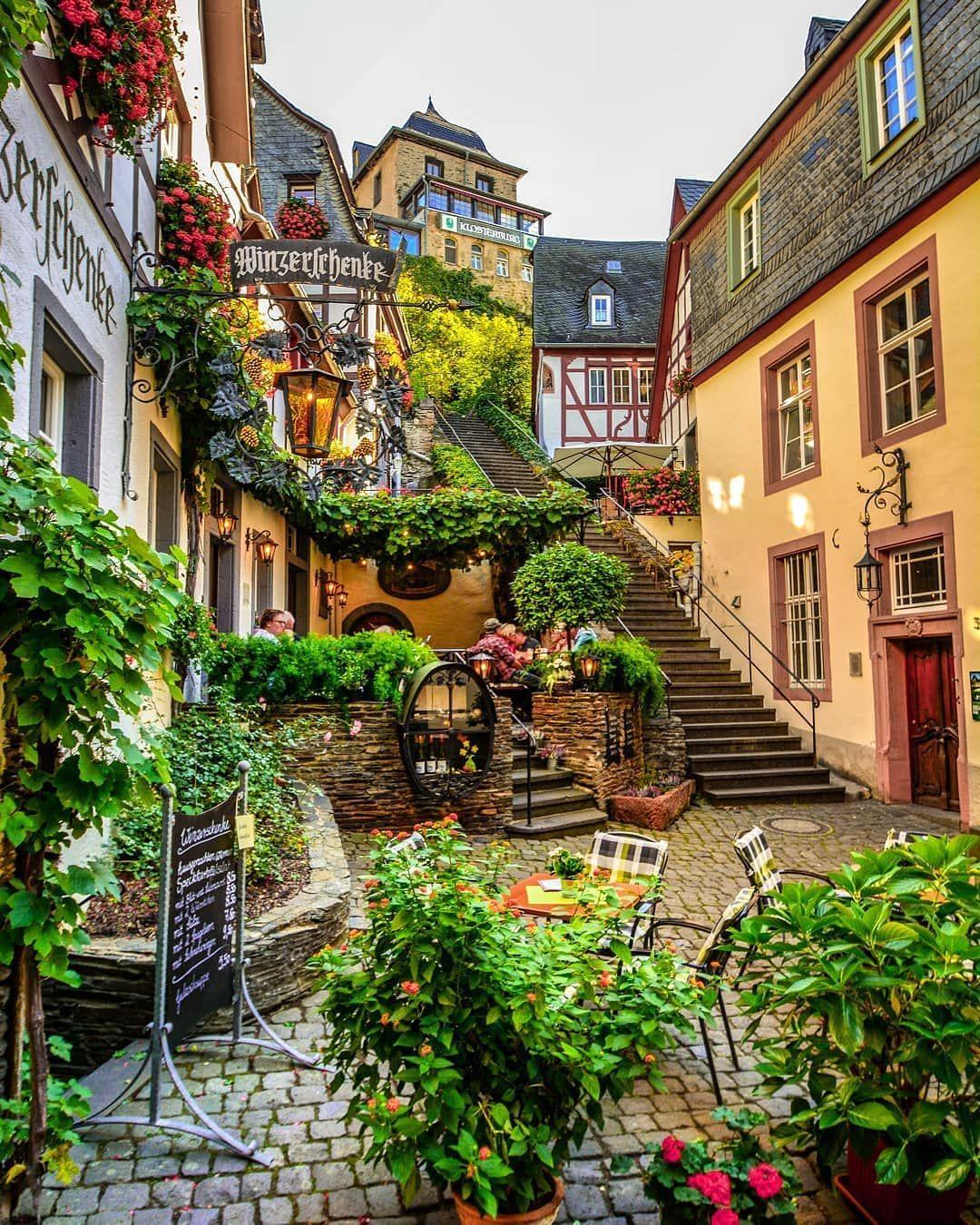 Beilstein Rheinland Pfalz Germany P H O T O B Y Live The Moments Via Awesome Phototrip Rhineland Beautiful Places Places