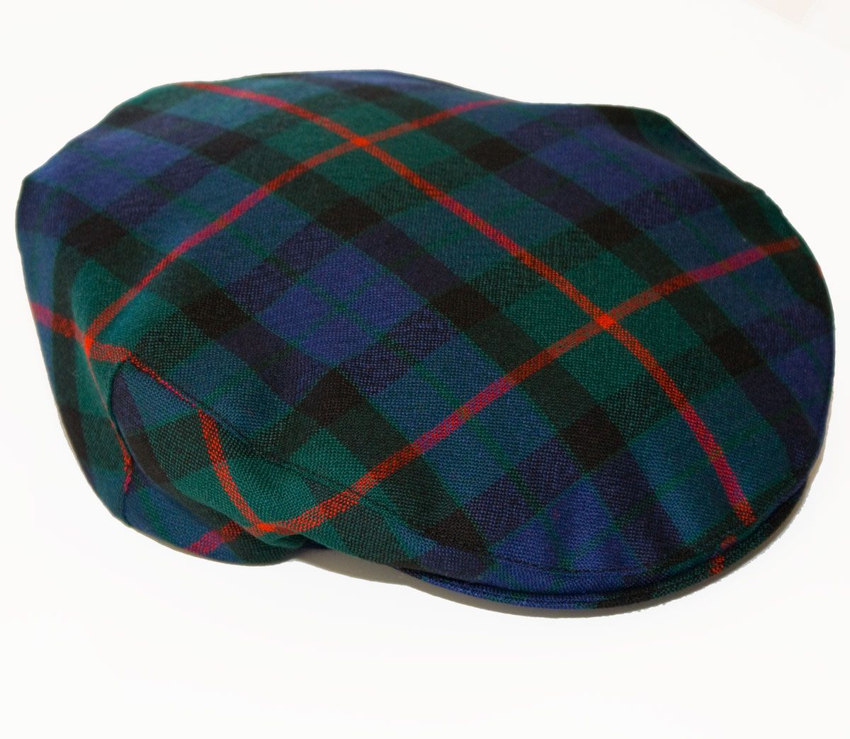 21e5edc6796d0 Stand out on the course with this classic tartan golf cap from Scots  Connection. https
