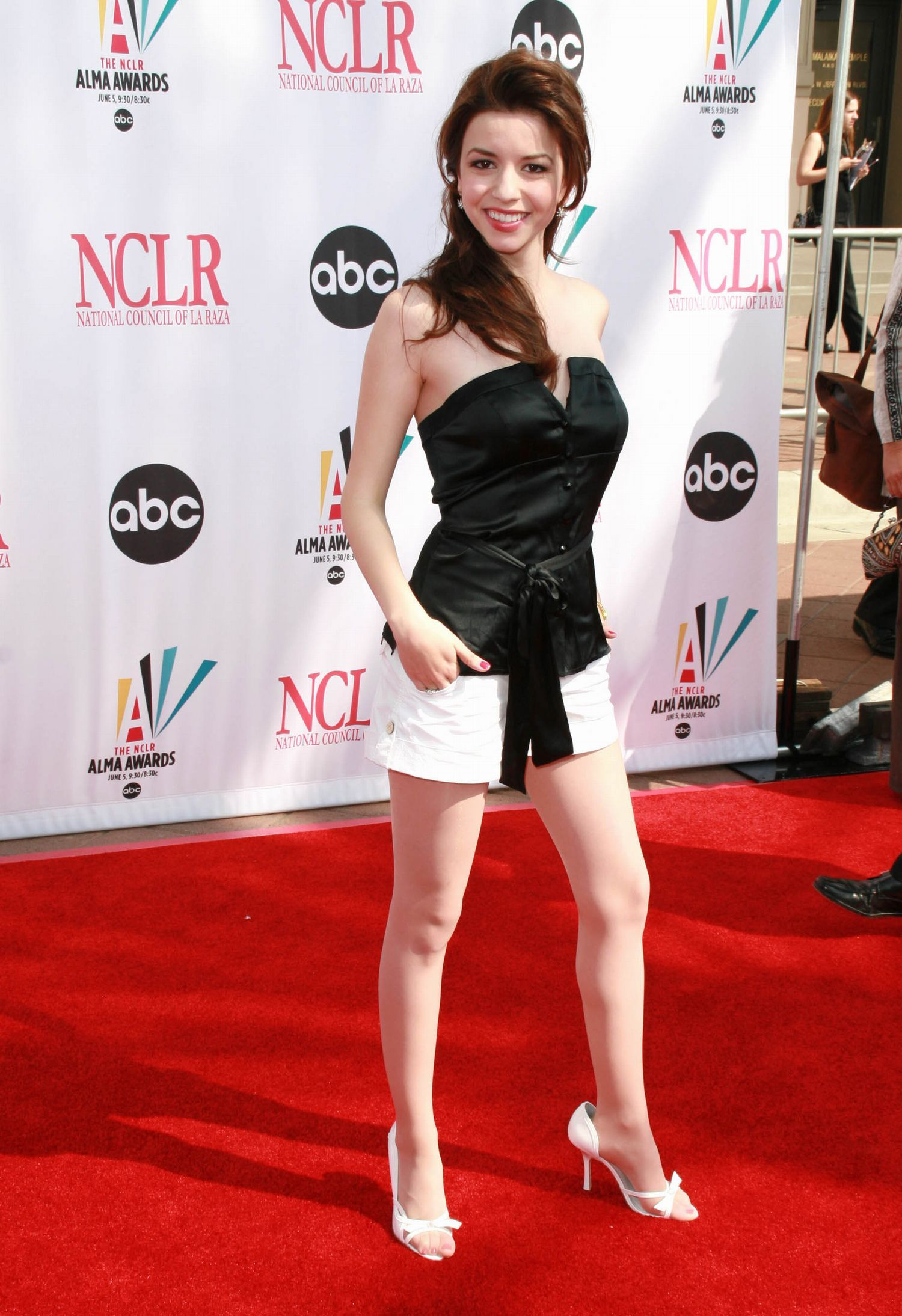 Masiela Lusha in pantyhose - More pictures here: http://stockings-celebs