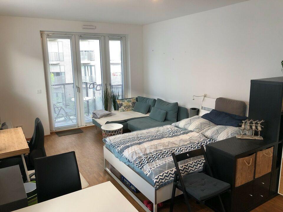 Stilvolle 1 Zimmer Wohnung Mit Balkon Und Ebk In Sulz Koln In Lindenthal Koln Sulz Etagenwohnung Mieten Ebay Klei In 2020 1 Zimmer Wohnung Wohnung Etagenwohnung