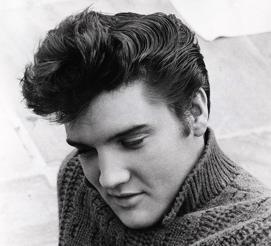 Pop Star Elvis Presley Hair Make Up 1950 S In 2020 Elvis Presley Hair Pompadour Hairstyle 1950 Hairstyle
