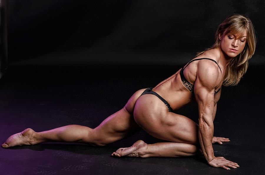 sex-scenes-with-women-body-builders
